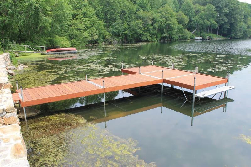 DuraLite Stationary Dock